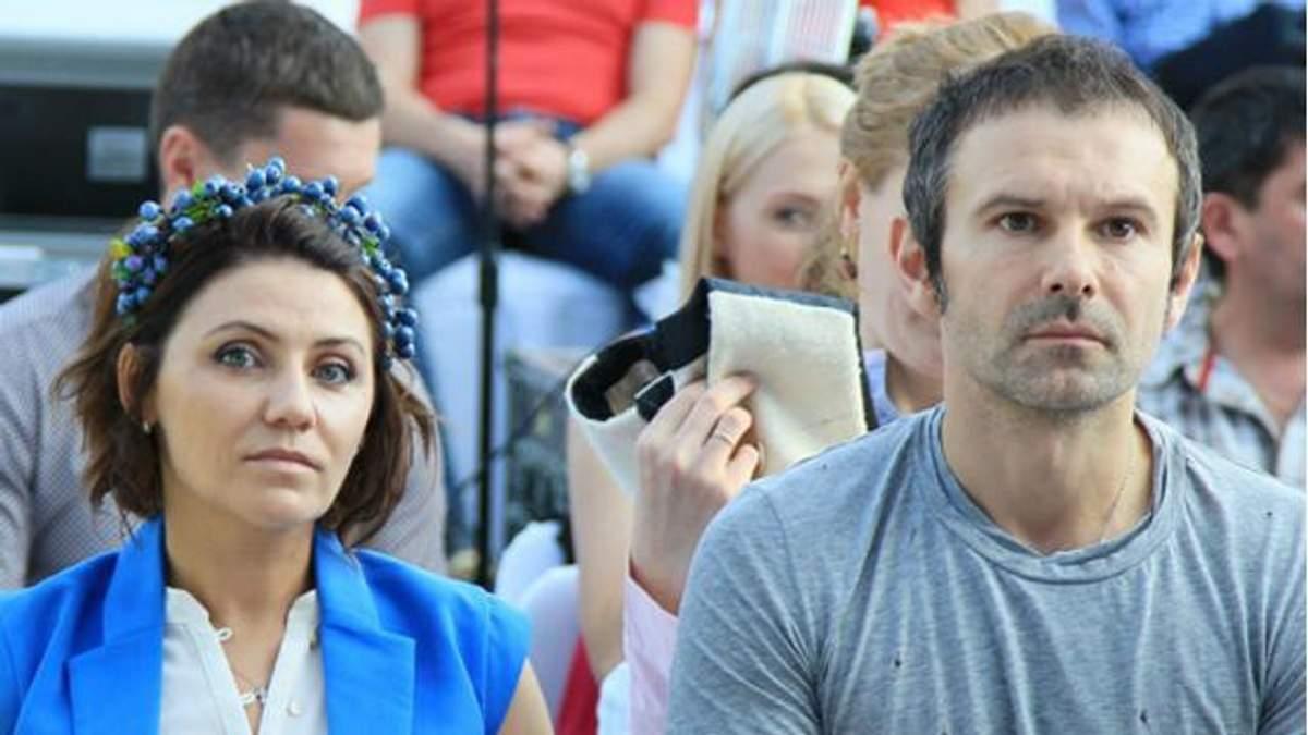 У мережі поширили новину про фейкове весілля Вакарчука