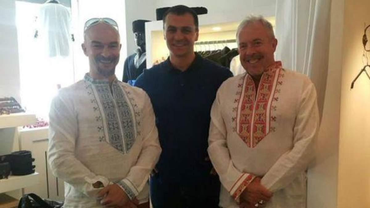 Макаревич одел вышиванку
