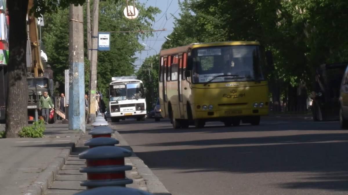 Черкаська влада заборонила шансон у маршрутках