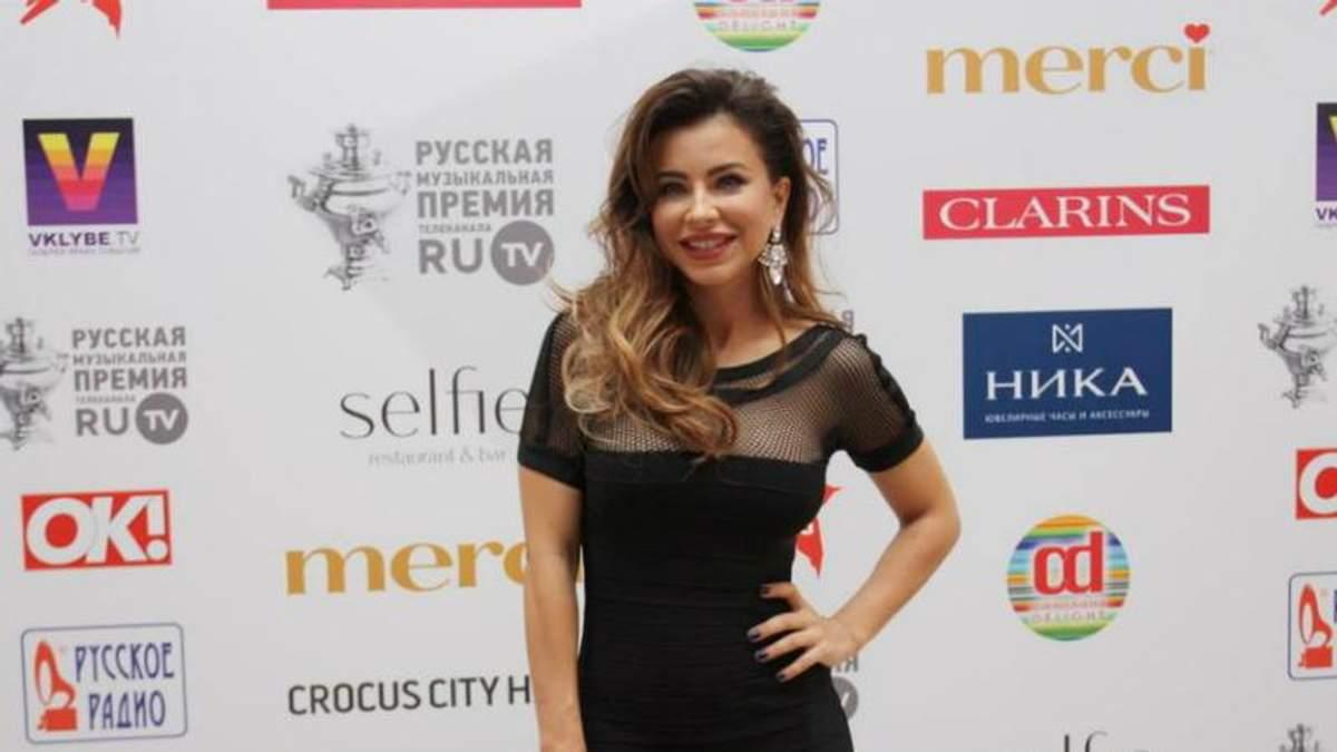 """Крім скандальної Лорак, ще дві українські співачки поїхали за """"самоварами"""" до Москви"""
