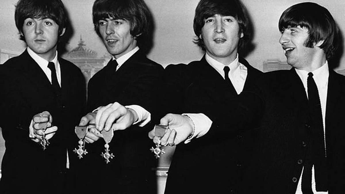 Засновник гурту The Beatles Джон Леннон – британська легенда рок-музики