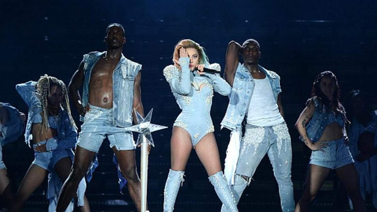Lady Gaga заявила, що тимчасово йде зі сцени