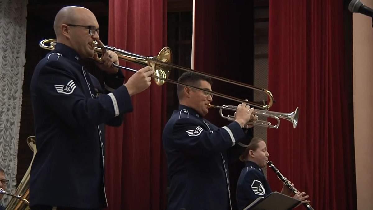 Україною гастролює оркестр військово-повітряних сил США