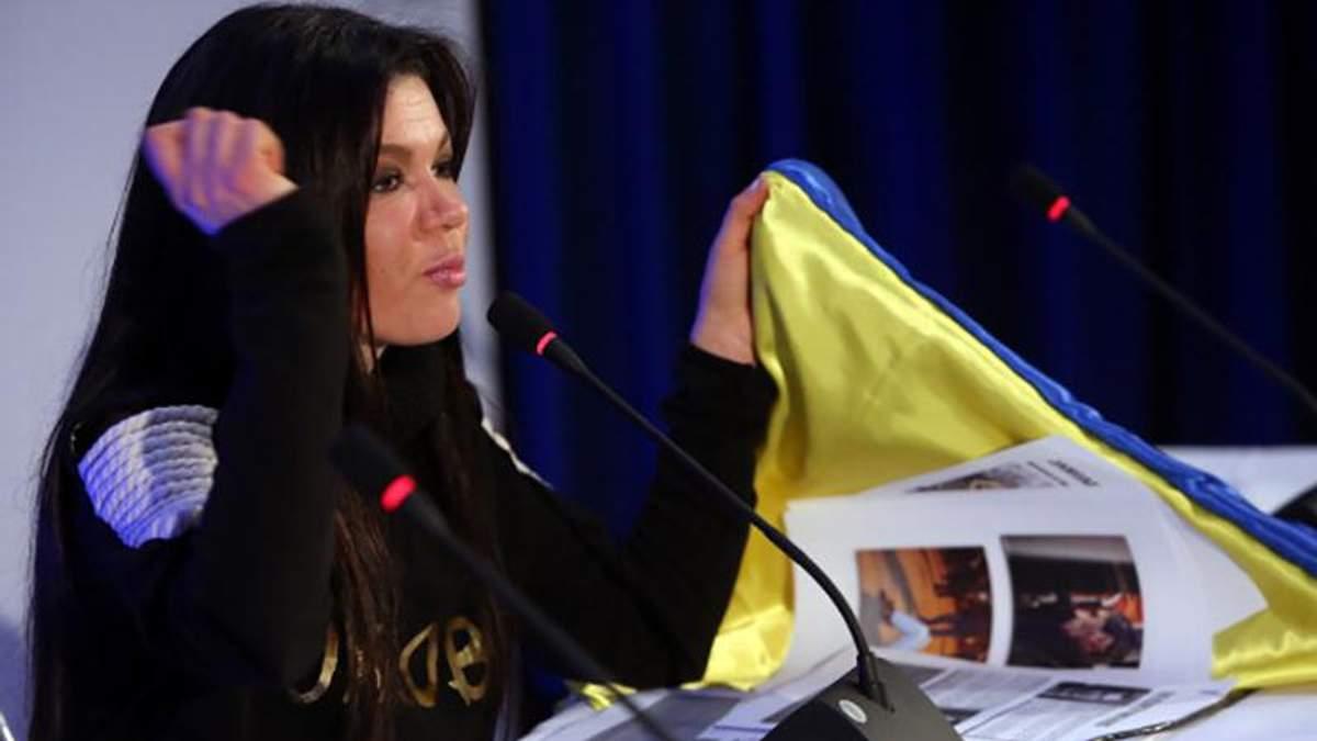 """Вбили у мене на очах охоронця Захарченка, – Руслана пригадала першу поїздку в """"ДНР"""""""