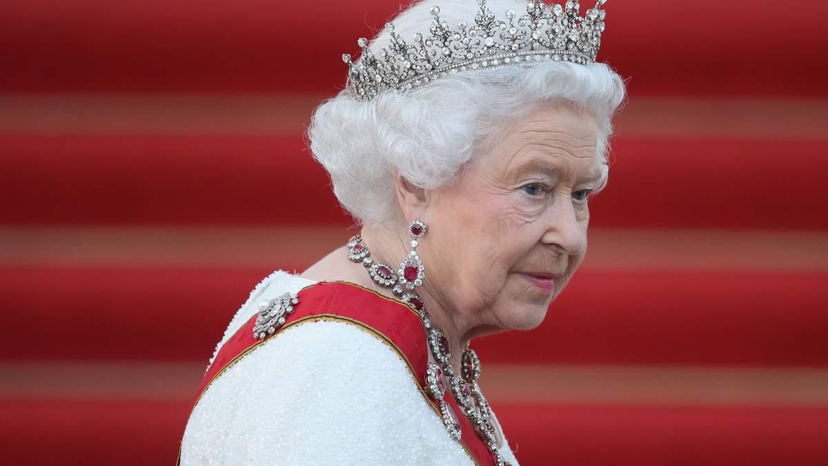 Єлизаветі ІІ таємно обирають наступника