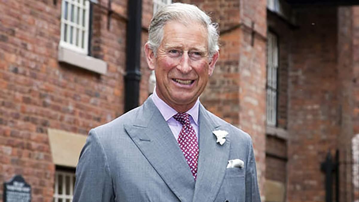 Принц Чарльз поведе Меган Маркл до вівтаря замість її батька
