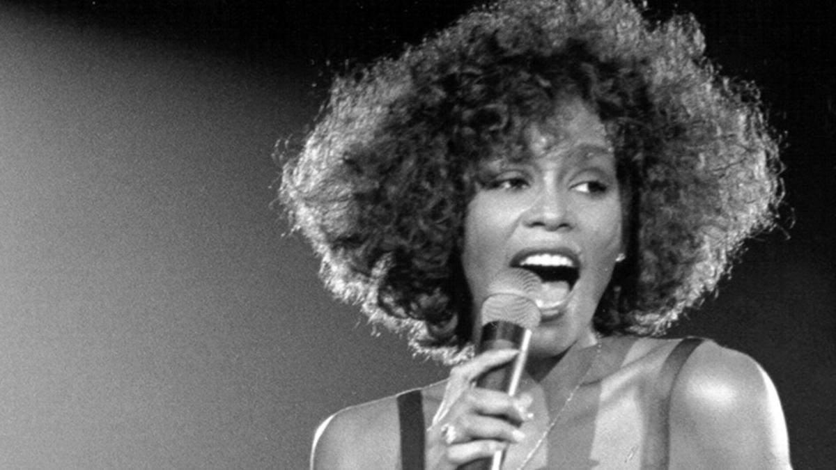 День народження Вітні Х'юстон: цікаві факти про співачку