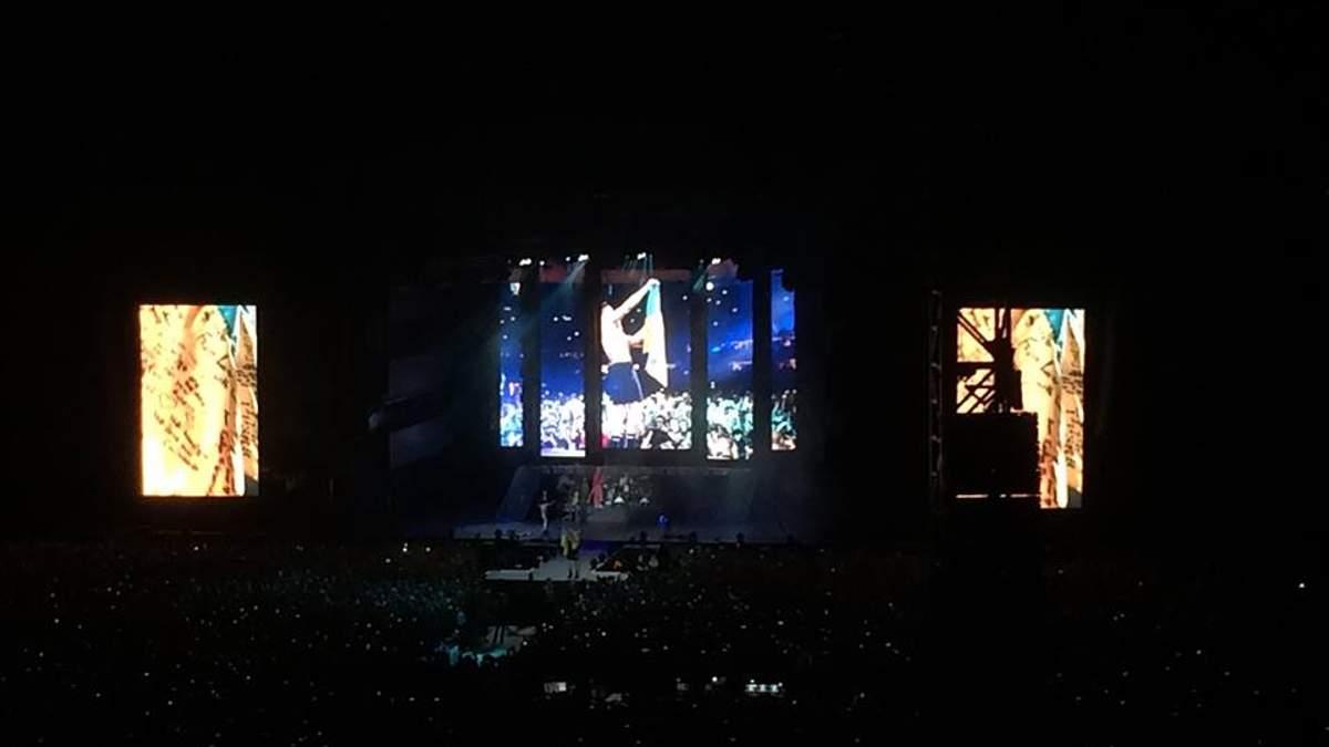 Понад тисячу фанатів не впустили на концерт Imagine Dragons через підроблені квитки: подробиці