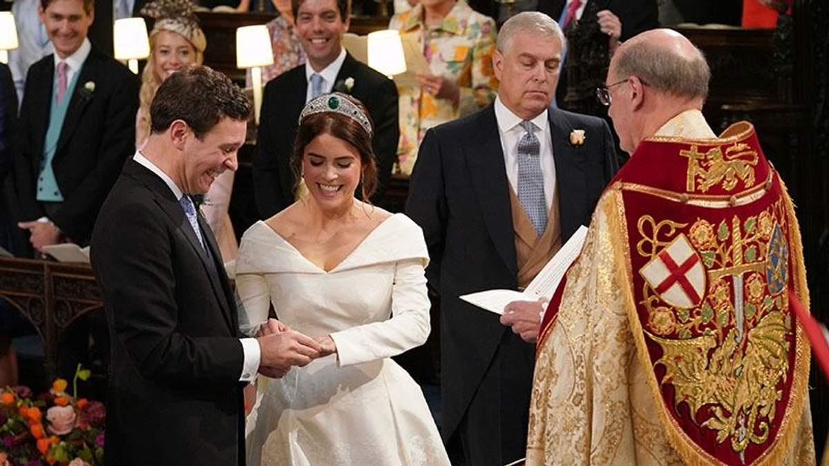 Весілля принцеси Євгенії і Джека Бруксбенка: яскраві фото церемонії