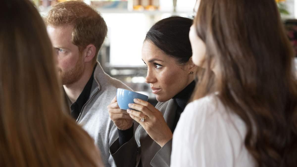 Меган Маркл і принц Гаррі затишно поснідали в Новій Зеландії у повсякденних образах: фото