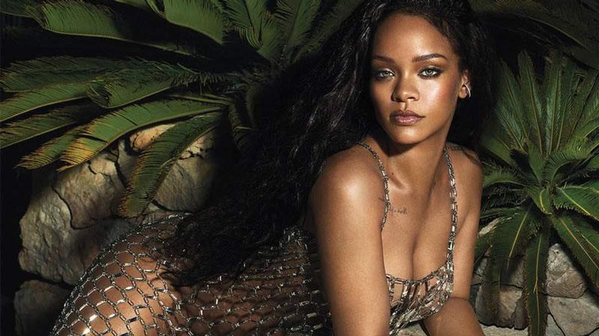 Співачка Ріанна знялась у рекламі власного бренду білизни: гарячі фото