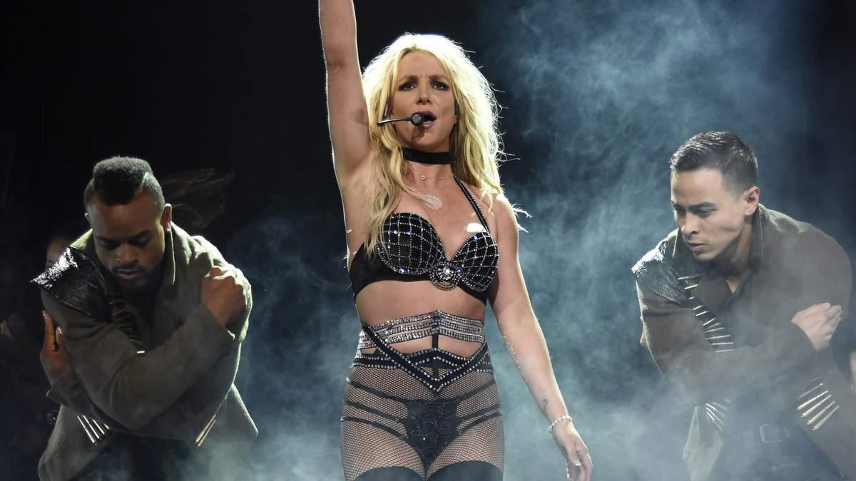 """Бритни Спирс – 38: самые популярные песни секс-символа """"нулевых"""""""