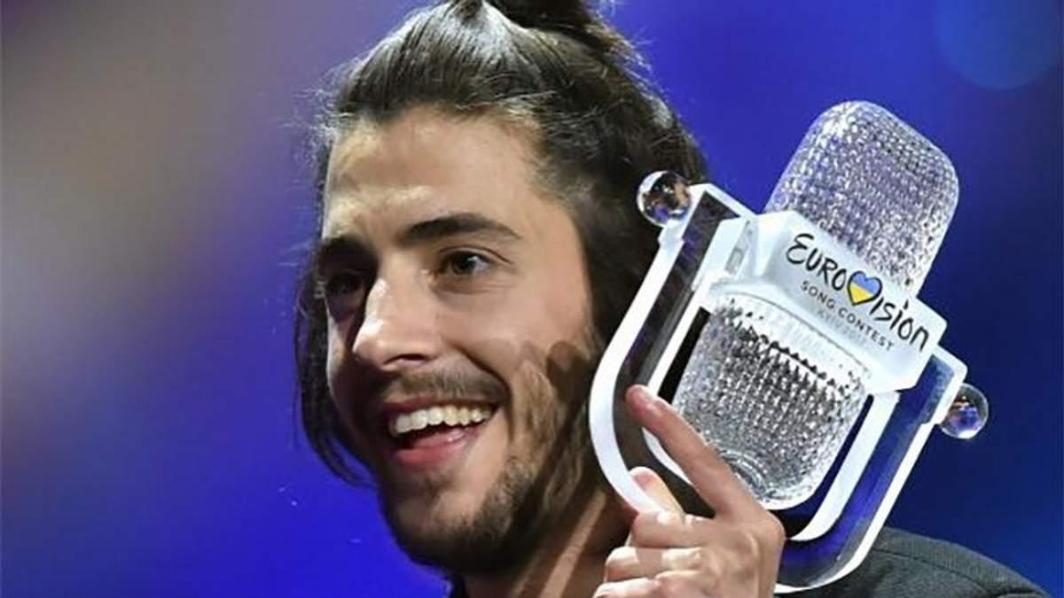 Переможець Євробачення-2017 Сальвадор Собрал приголомшив зміною іміджу: несподівані фото