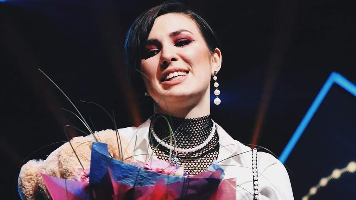MARUV - Siren Song: текст і переклад пісні на Євробачення 2019 від України