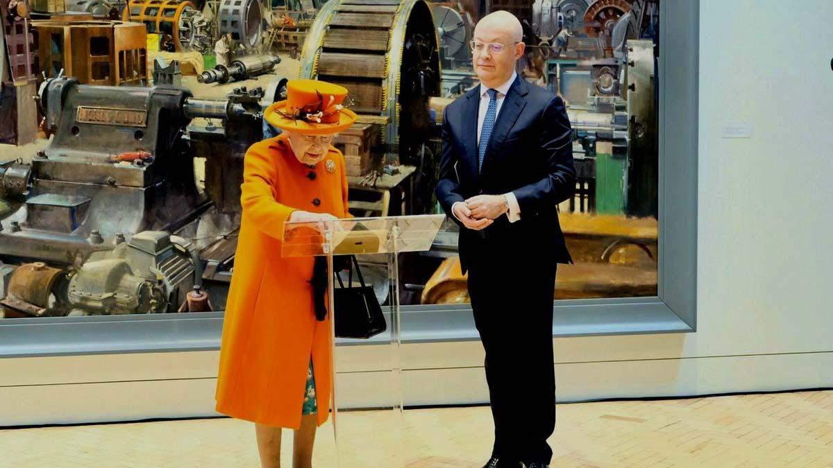 Все бывает впервые: королева Елизавета II опубликовала сообщение в Instagram