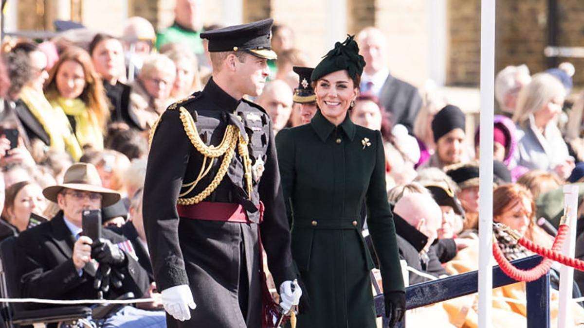 Кейт Міддлтон прийшла на парад гвардійців у розкішному пальті та капелюшку: фото