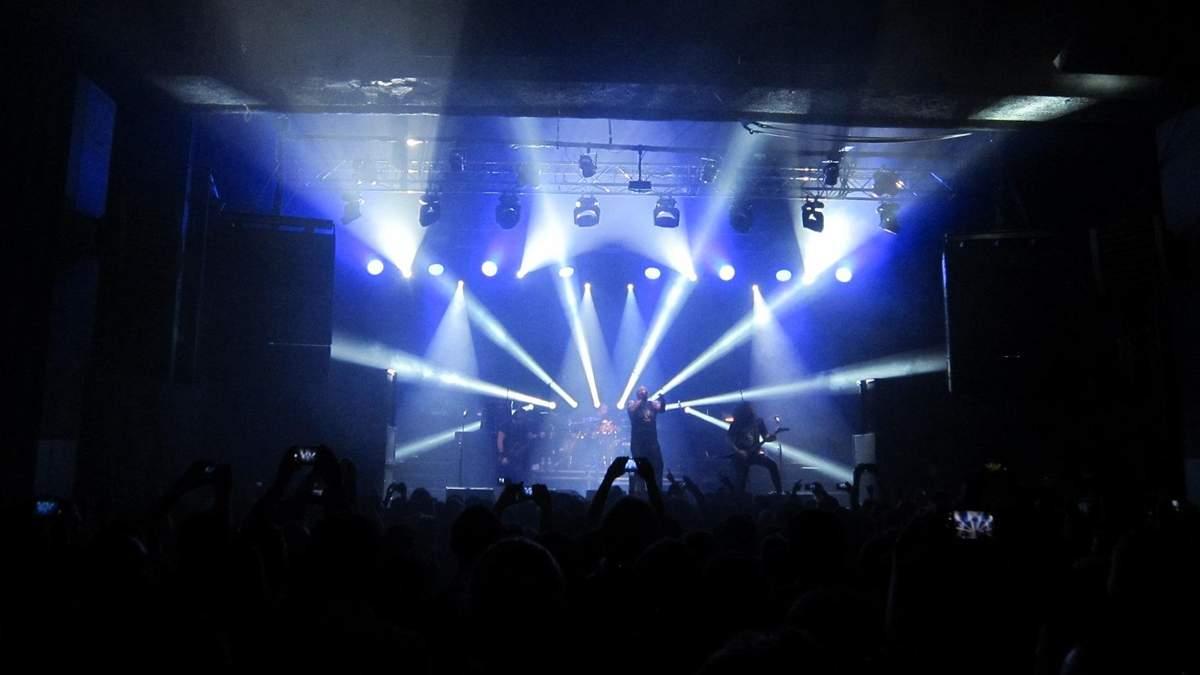 """Киев встряхнула """"музыка из могилы"""": как зажигала легендарная Sepultura – смотрите фото"""