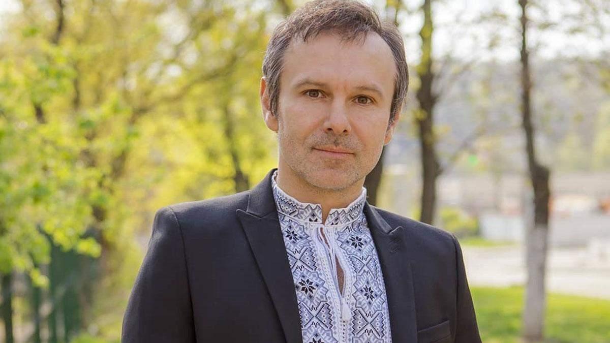 Я зробив свій вибір усвідомлено, – Святослав Вакарчук проголосував у другому турі виборів