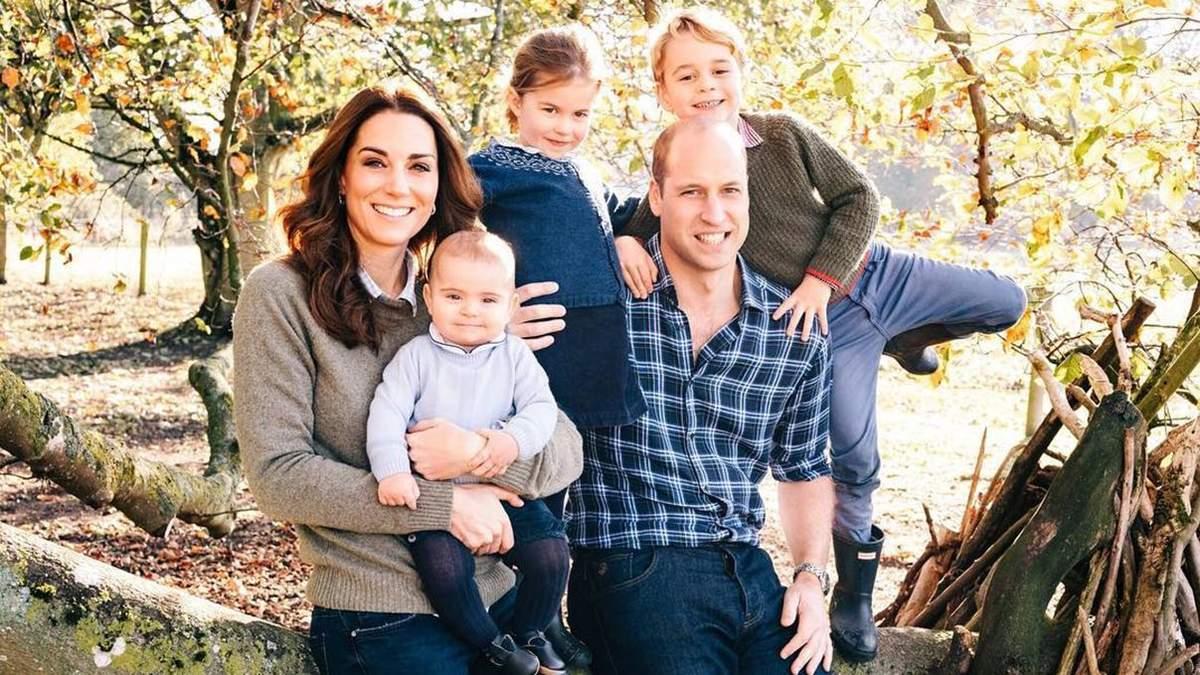 Сын герцогов Кембриджских принц Луи празднует один год: новые фото члена королевской семьи