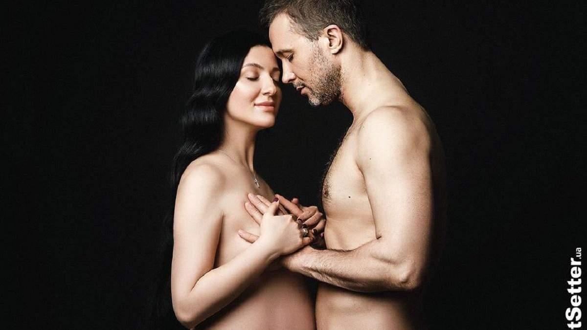 Сергей Бабкин с беременной женой полностью обнажились для фотосъемки: 18+