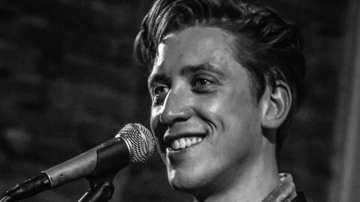 """Пісня """"Скрябіна"""" зазвучала італійською: ексклюзивне інтерв'ю зі співаком Олівером Альфонсо"""