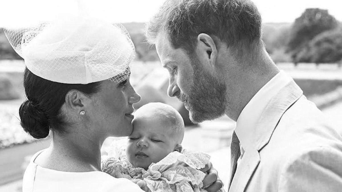Як принц Гаррі та Меган Маркл вшанували пам'ять принцеси Діани на хрестинах: фотофакт