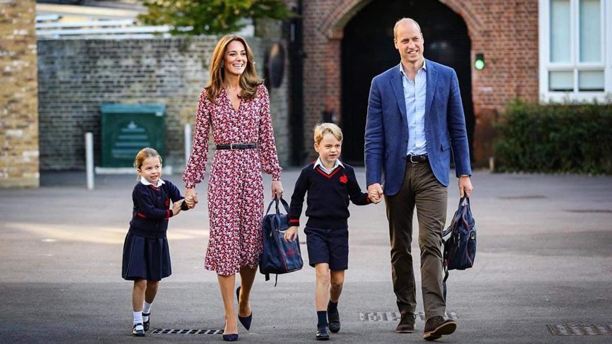 Кейт Миддлтон и принц Уильям отвели принцессу Шарлотту в школу: милые кадры