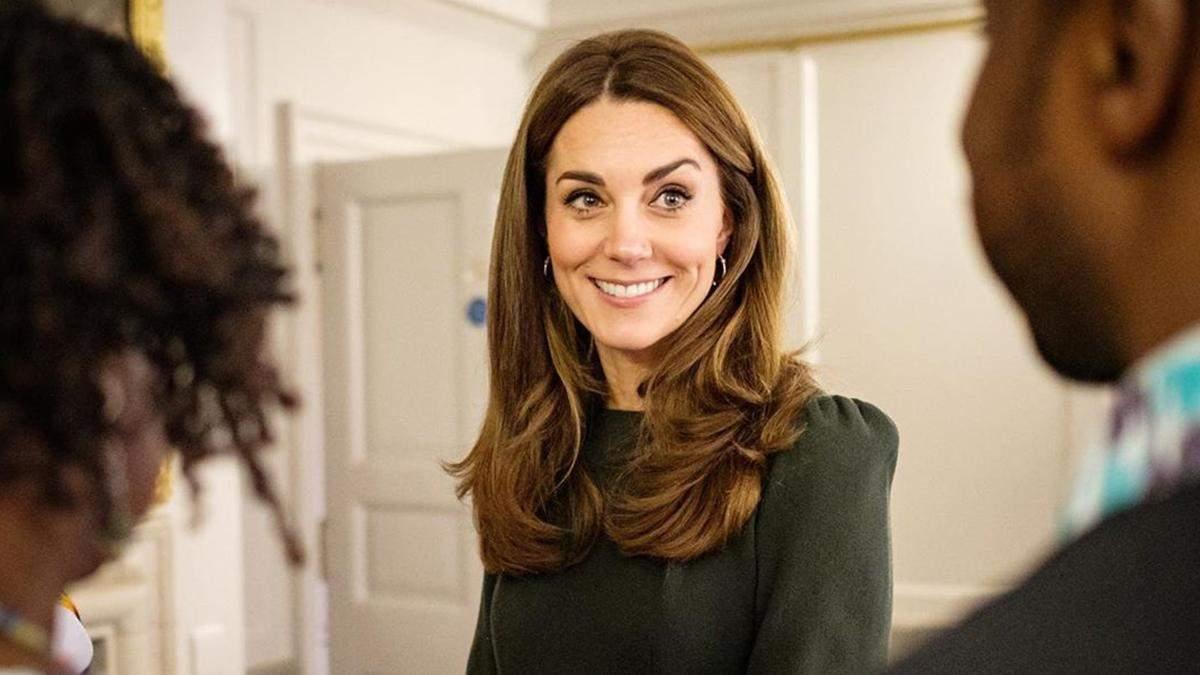 Кейт Міддлтон влаштувала офіційну зустріч в Кенсінгтонському палаці: промовисті фото