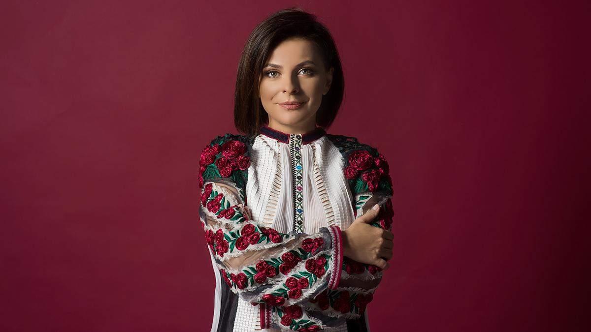 Оксана Муха презентовала колоритную колядку: видео