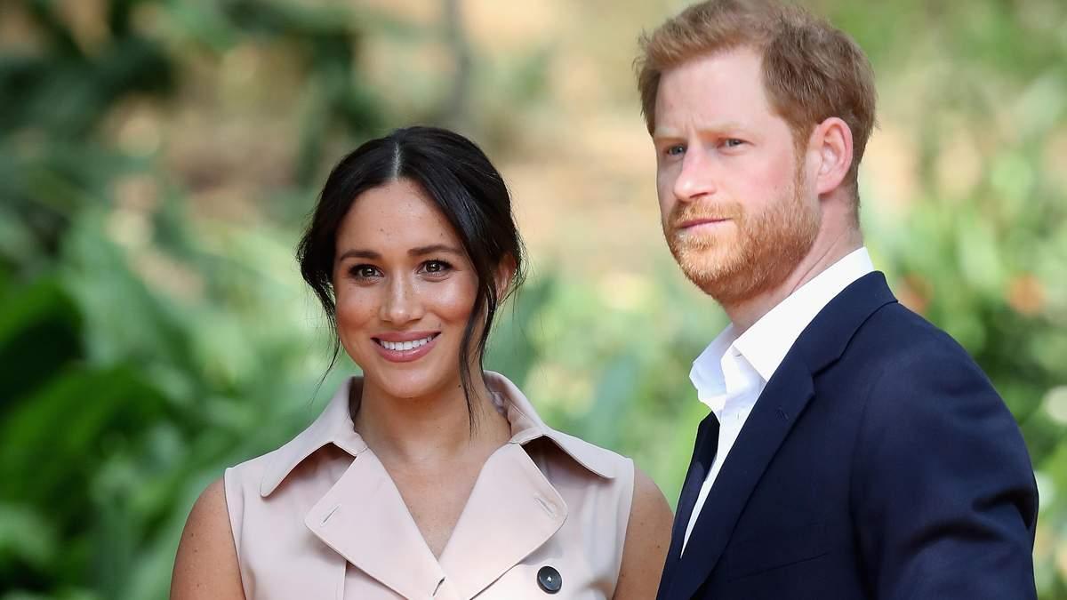 Принц Гарри и Меган Маркл сложили королевские полномочия: что известно о скандале