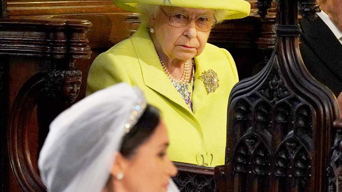 """Королевский """"мегзит"""": сеть взорвалась курьезными мемами с принцем Гарри и Меган Маркл"""