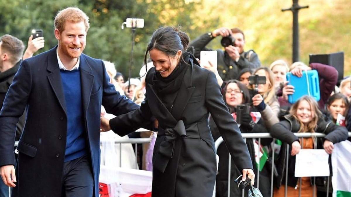 Почему принц Гарри и Меган Маркл именно в апреле сложили королевские обязанности: предположения