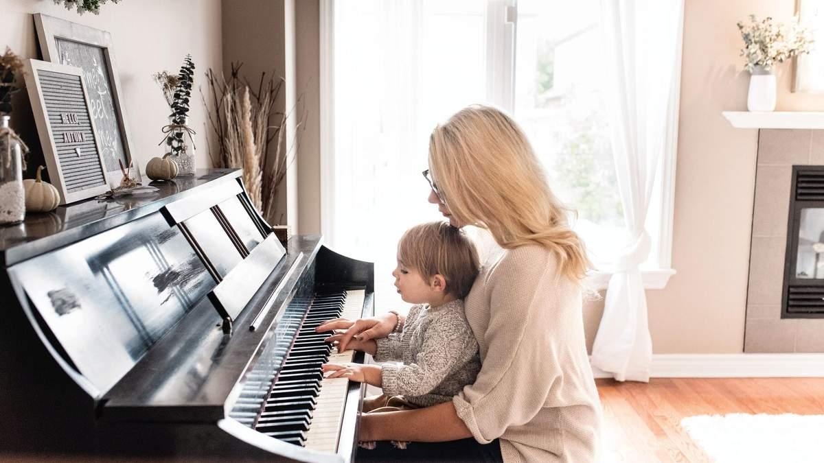 Влияют ли занятия музыкой на ум ребенка