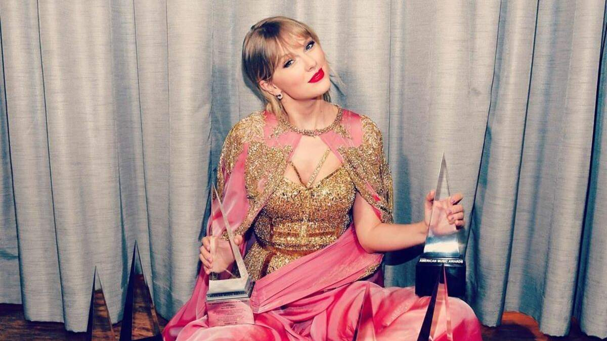 Тейлор Свіфт побила рекорд Вітні Г'юстон і стала найбільш прослухованою артисткою світу