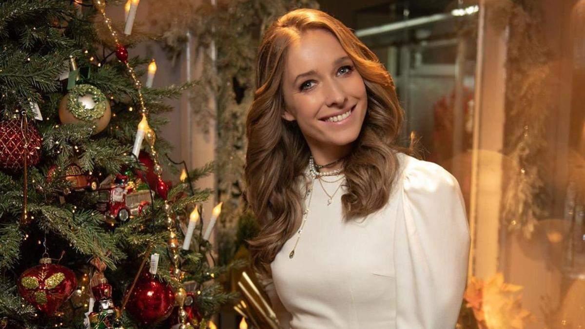 Катя Осадча відзначила Різдво з кумами: фото