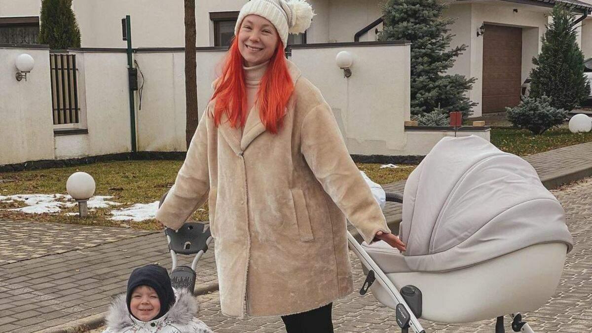 Світлана Тарабарова показала, як розважалась з сином на санчатах: фото