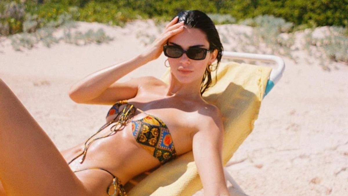 Кендалл Дженнер показала розкішне тіло в бікіні: фото