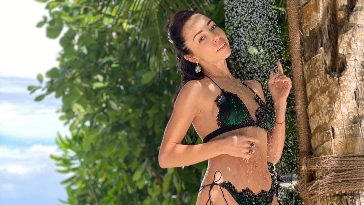 Екатерина Кухар поразила идеальной фигурой в бикини: фото с Мальдив