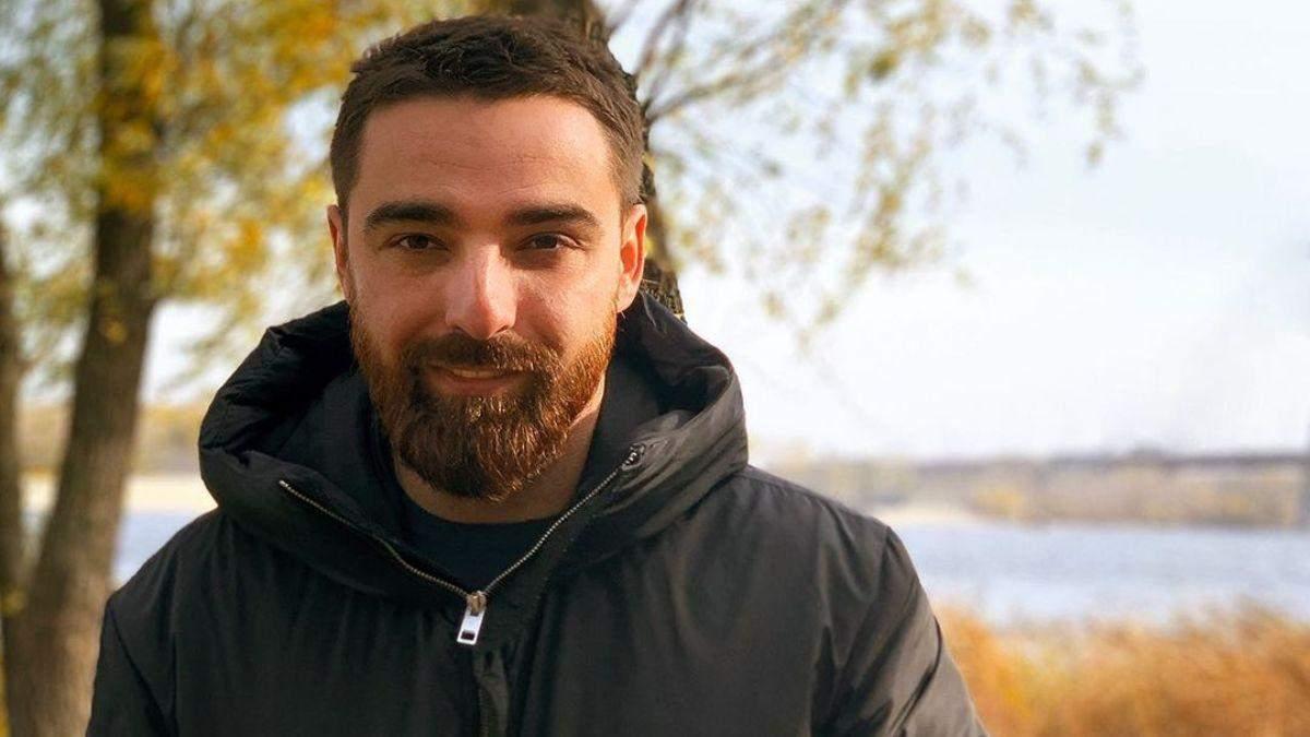 Олексій Тригубенко розповів, як ставиться до стосунків Ксенії Мішиної та Олександра Еллерта