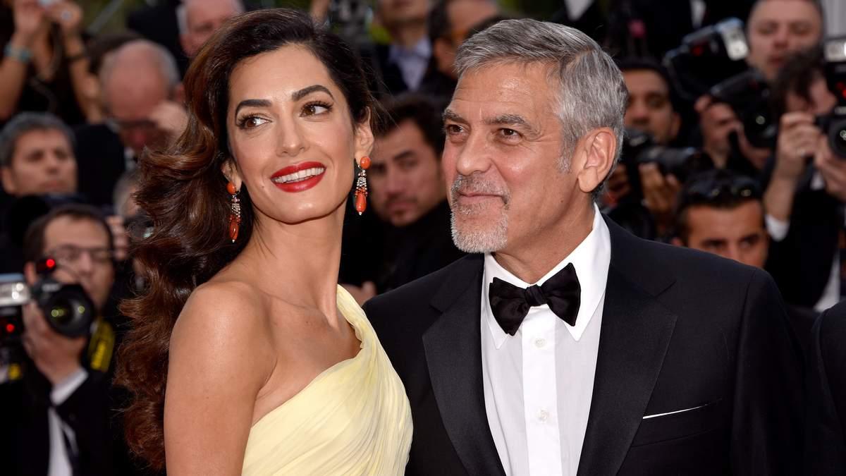 Джордж Клуни назвал необычную романтическую традицию