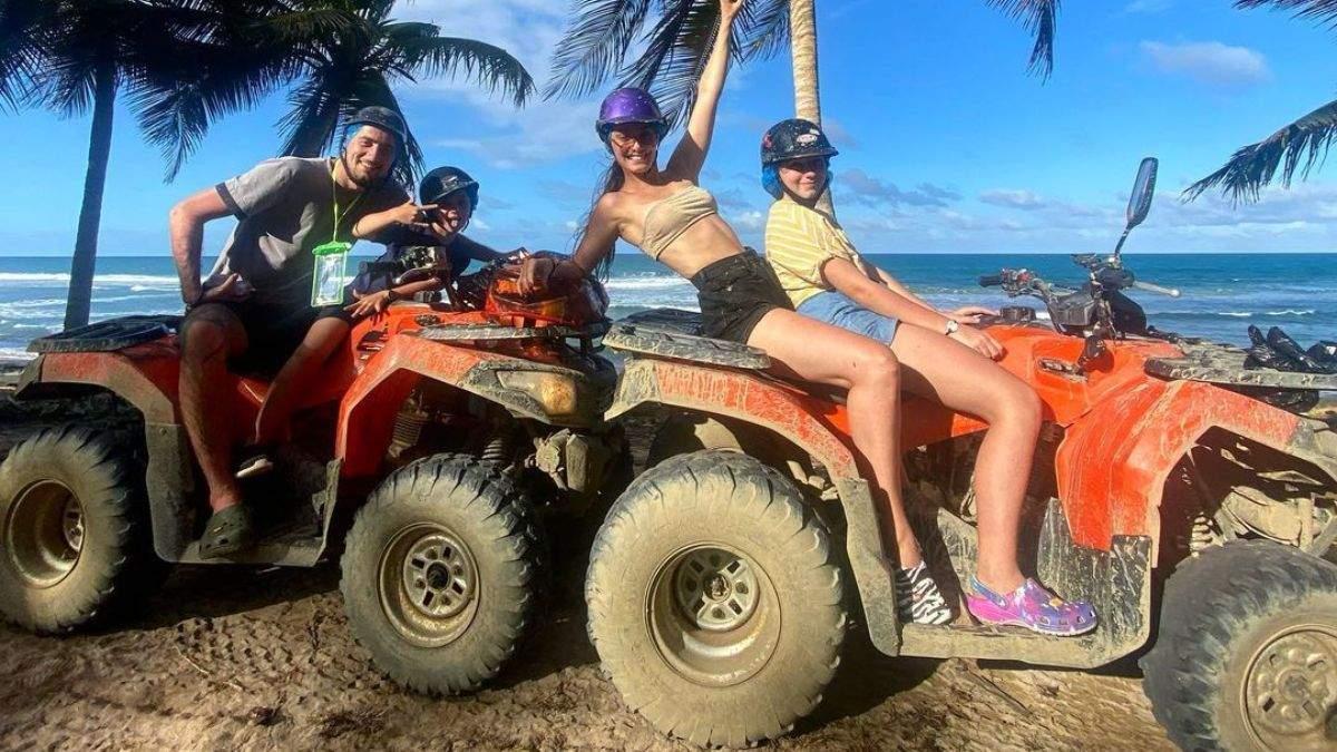 На квадроциклі в Домінікані: Ксенія Мішина показала розваги на острові – фото