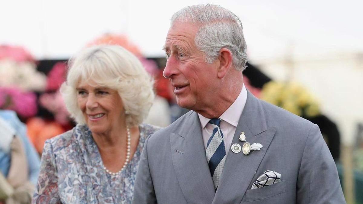 Принц Чарльз и герцогиня Камилла вакцинировались от COVID-19