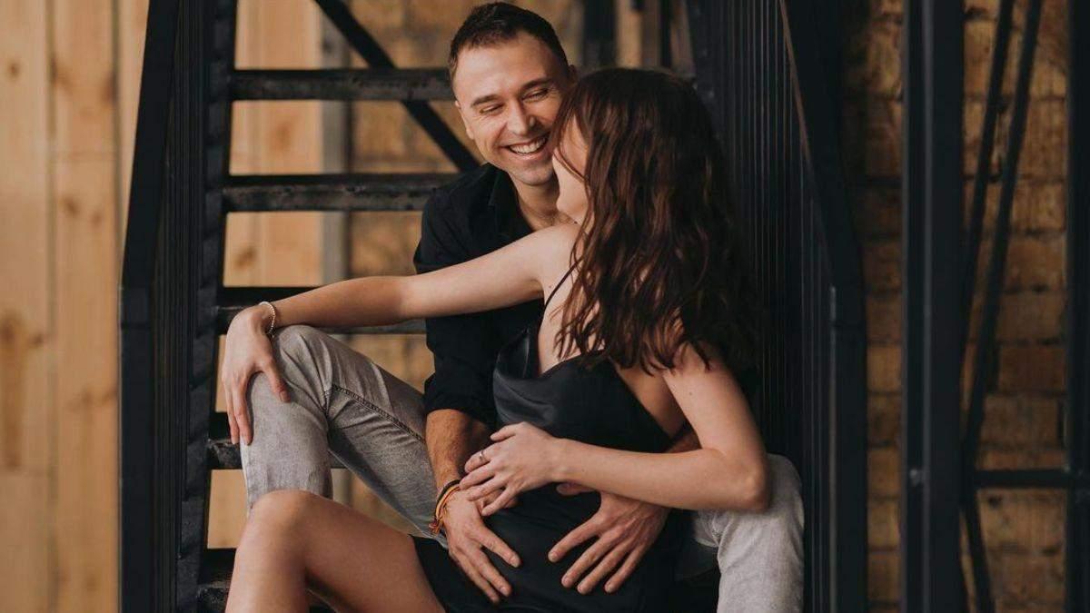 Максим Михайлюк відправився на відпочинок з вагітною коханою: відео