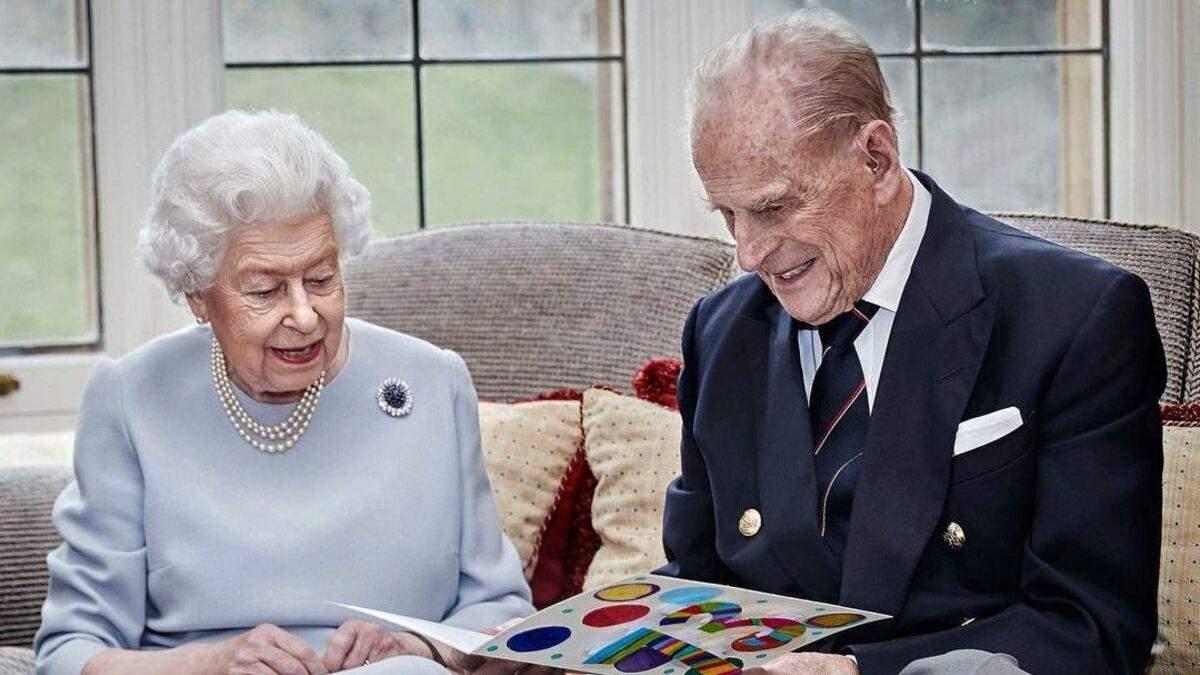 Королева Єлизавета ІІ відреагувала на другу вагітність Меган Маркл