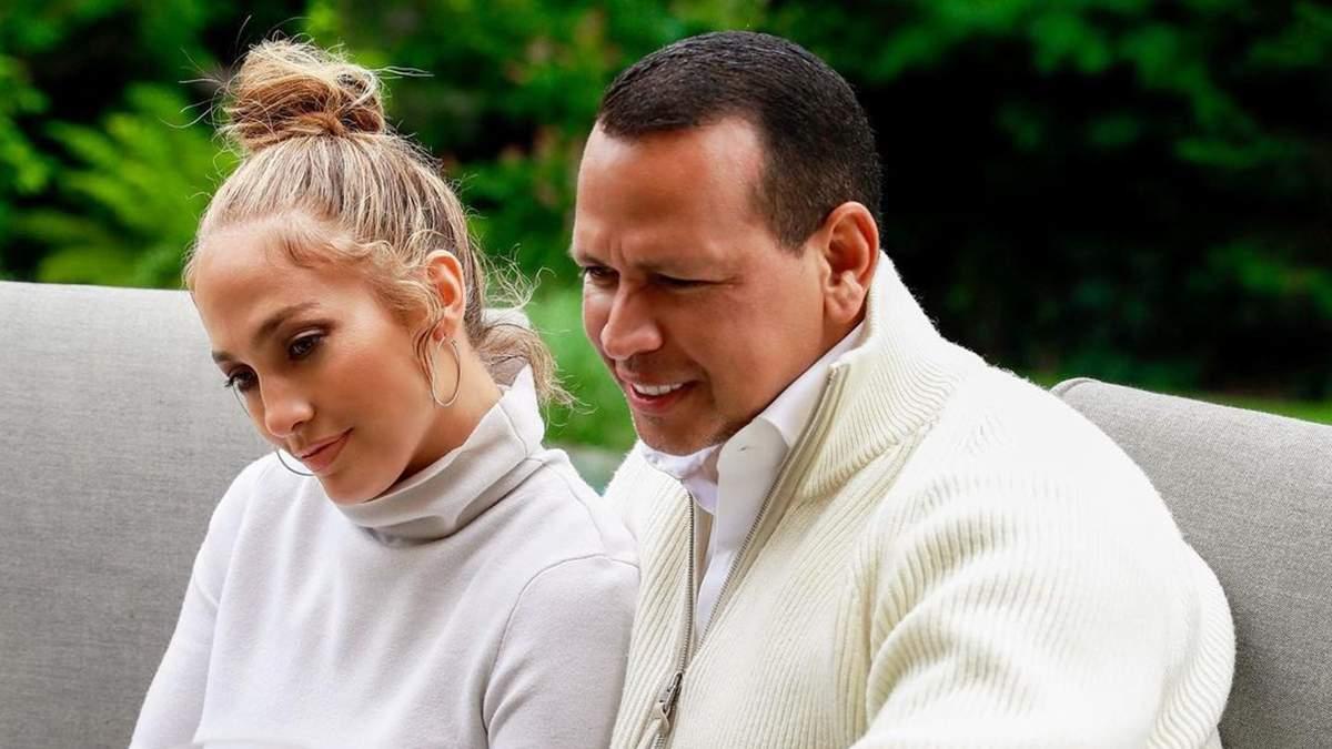 Дженніфер Лопес похизувалась розкішним сюрпризом від нареченого: відео