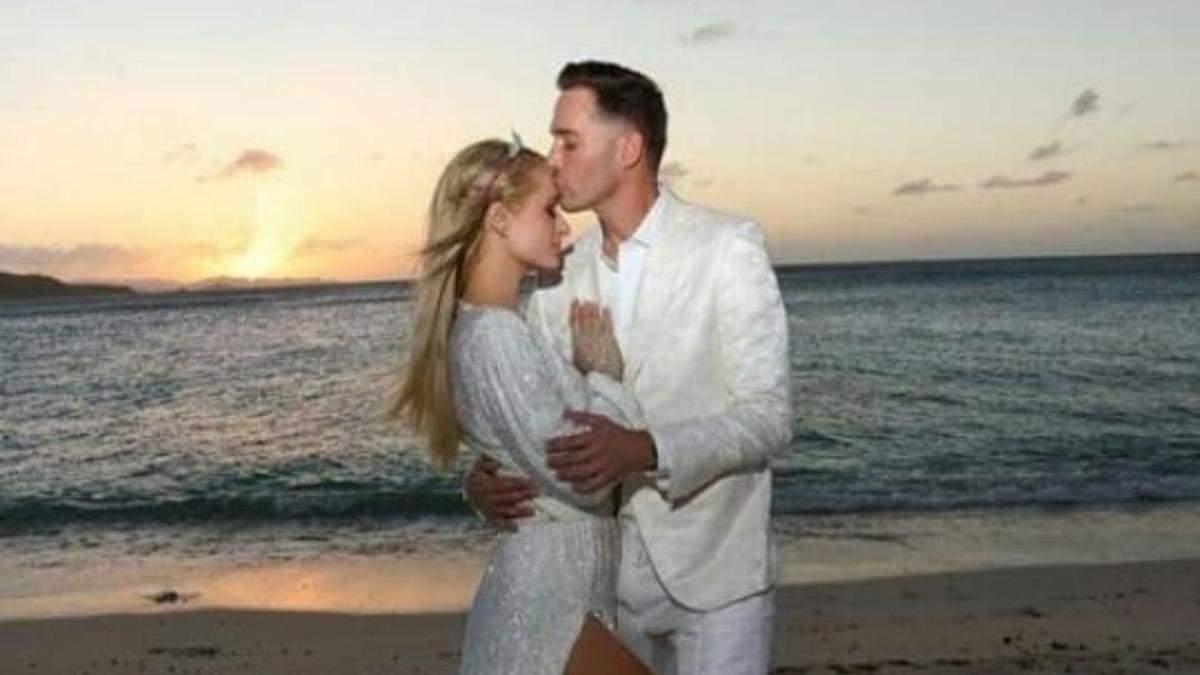 Пэрис Хилтон призналась, будет ли брать фамилию жениха
