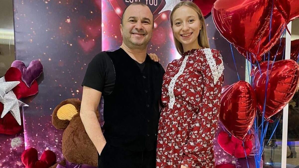 Виктор Павлик и Екатерина Репяхова объявили пол первенца: видео