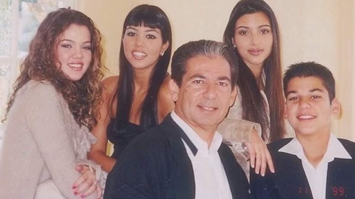Ким, Кортни и Хлои Кардашян поздравили с днем рождения отца
