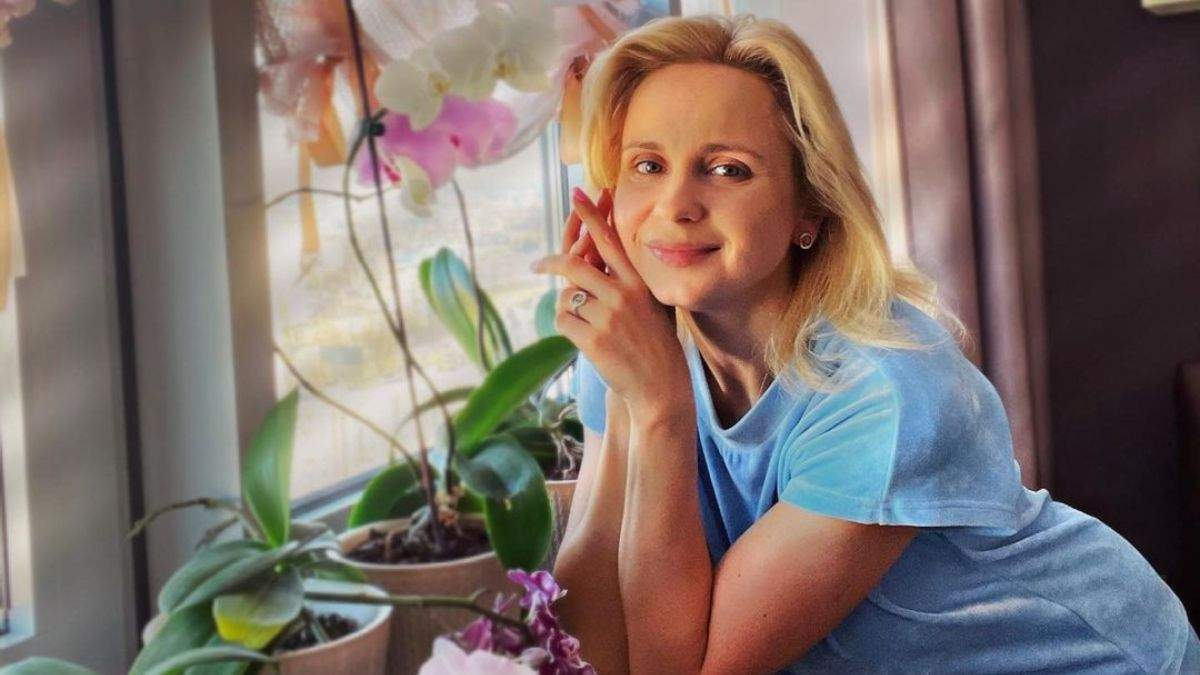 Больная коронавирус Лилия Ребрик показала фотографию с самоизоляции