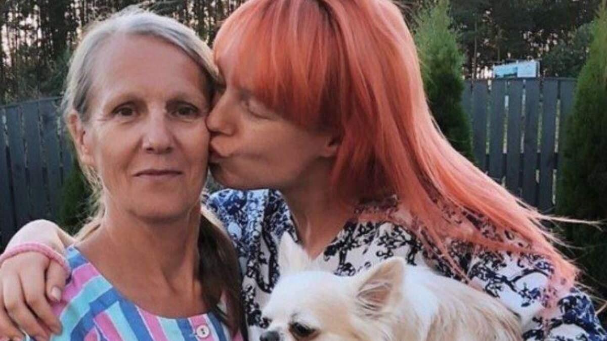 Светлана Тарабарова умилила фото с мамой: редкий кадр